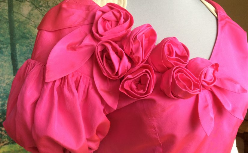 Robe courte taffetas rose
